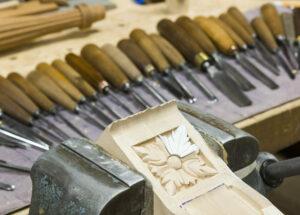 100 Yr Mahog Hand Carving Craft