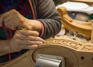 100yr Mahog Hand Carving2 Craft