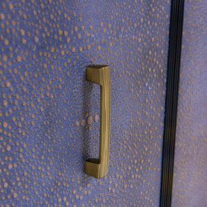 68 1 DR5 BT1 Wolverine66 Goldenleather Strie Pull Brass Detail