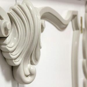 88 004 Iceand White Detail