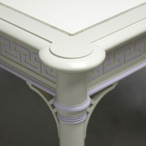88 708 Ice Wisteria Accents Detail